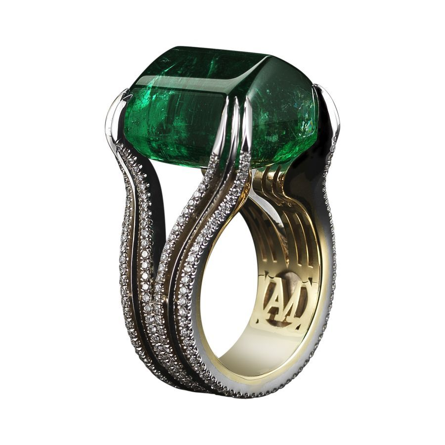 0532555_20151111162655_29_HIGH_JEWELRY_Alexandra_Mor_Sugarloaf_Cabochon_Emerald___Diamond_Ring_White_BG_Hi-Res_Side.jpg