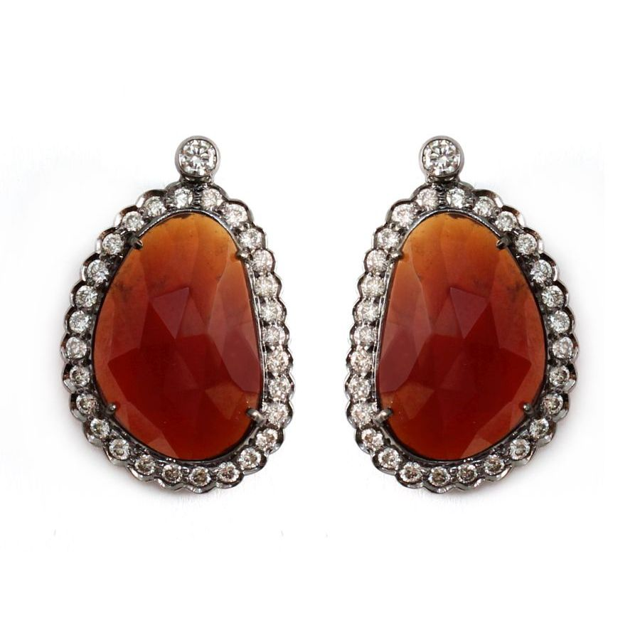 0534681_20151123235844_69_YET404_Garnet_Diamond_Earrings.JPG