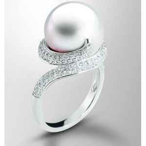 Windsor Pearl Ring