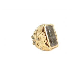 Gold and Quartz Ring