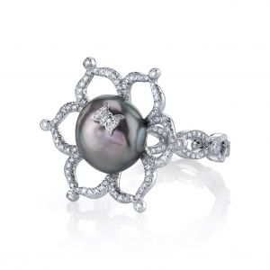 Annalise Pearl Flower Ring