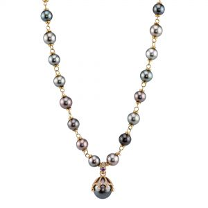 Crown Claw Pearl Necklace