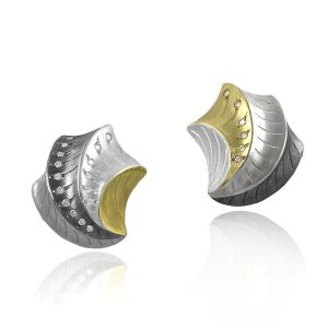 Shell Shape Earrings