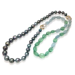 Color Block Pearl Necklace