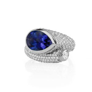 Whirl Sapphire Ring