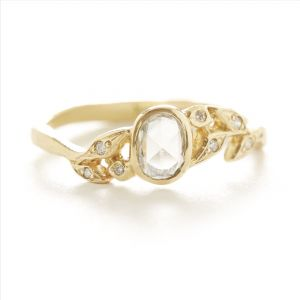 Vine Oval Diamond Leaf Ring