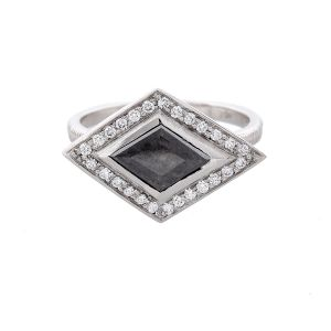 Natural Rustic Grey Kite Diamond Ring