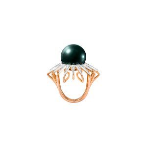 Radiance Sea Queen Ring